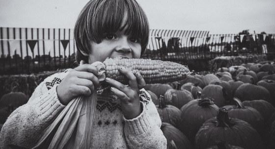 ako-prekabatit-svoje-deti-a-naucit-ich-jest-zeleninu