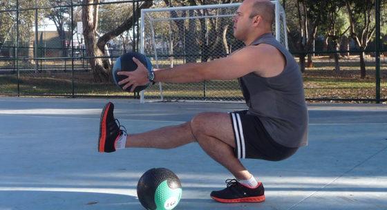 Najťažšie cviky na nohy pre mužov. Klasické drepy medzi nimi nie sú