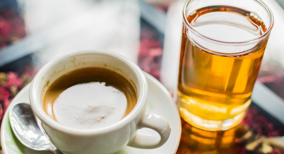 Káva a ďalších 6 tekutín, ktoré vám znížia chuť do jedla