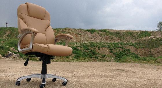 vela-sedenia-a-malo-pohybu-urychluje-biologicke-starnutie