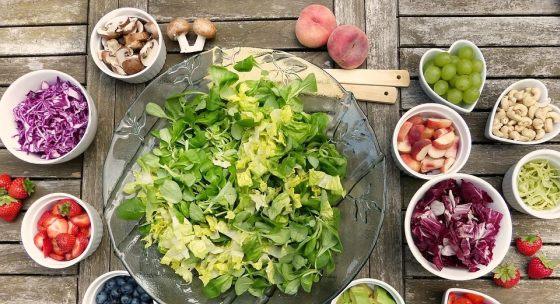 4-nizko-kaloricke-salaty-po-ktorych-nebudete-hladni
