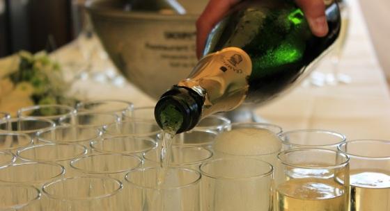 Nečakané zdraviu prospešné účinky šampanského