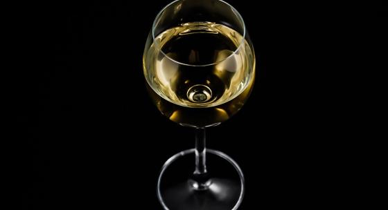 moze-pohar-vina-skutocne-pomoct-k-spalovaniu-tukov