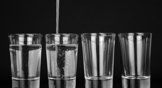 kolko-vody-musite-pit-aby-ste-chudli-efektivne