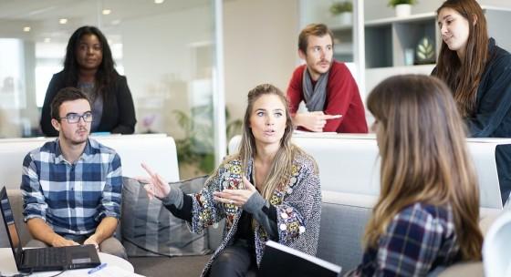 ako-mozu-manazeri-pomoct-vystresovanym-zamestnancom